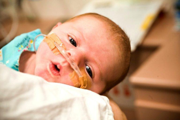 Опасность заболевания недоношенных детей