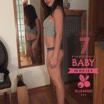 Девушка на 7 неделе беременности в домашней обстановке