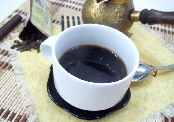 Заваренный цикорий в чашке