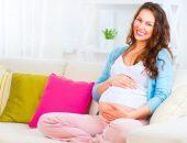 беременная улыбается