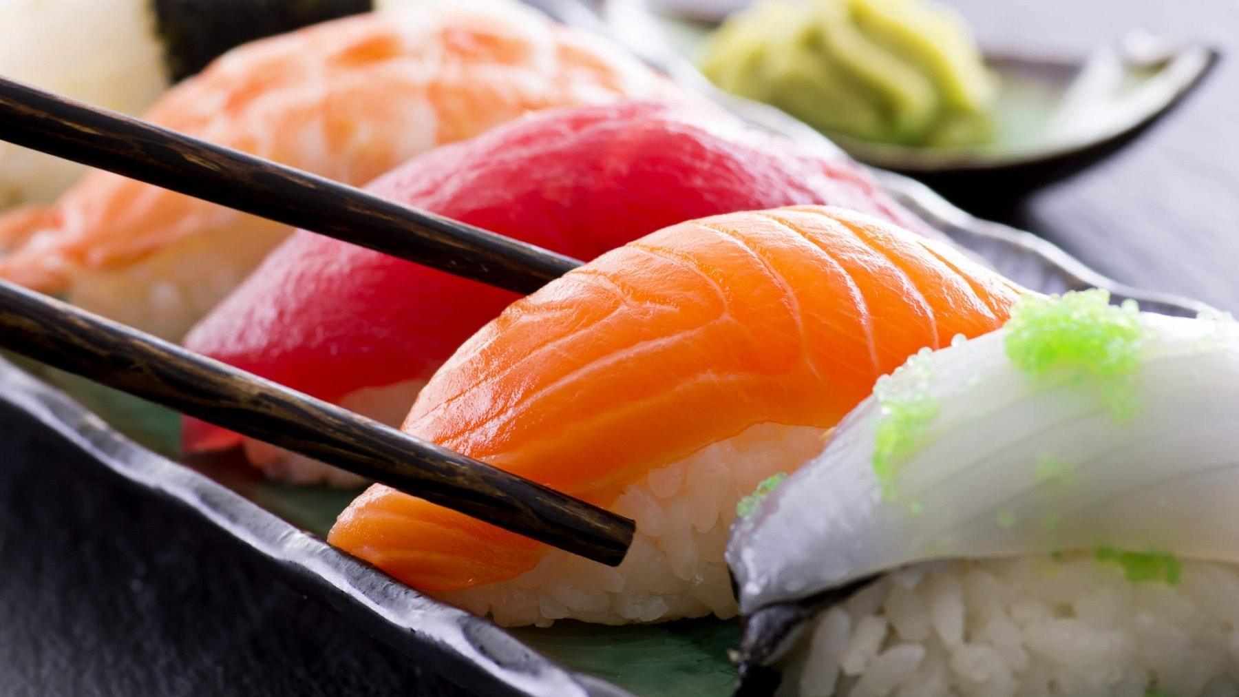 Можно ли беременным есть суши и роллы